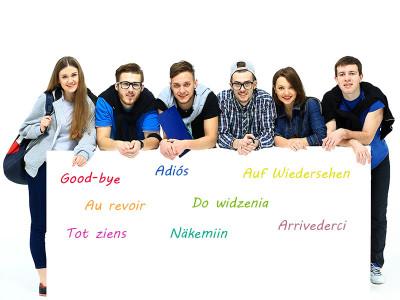 ¿Cómo aprenden un idioma los políglotas?