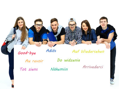 How do poliglots learn a language?
